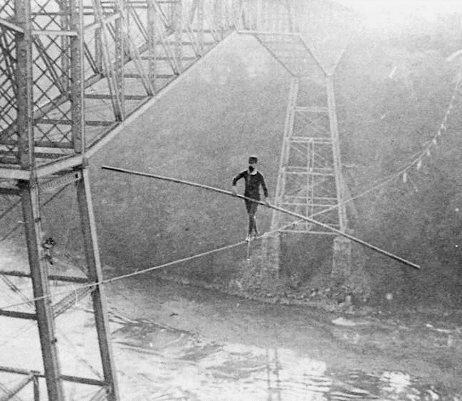 Samuel Dixon Crossing on a 7/8 Inch Wire - 1890 (image/jpeg)