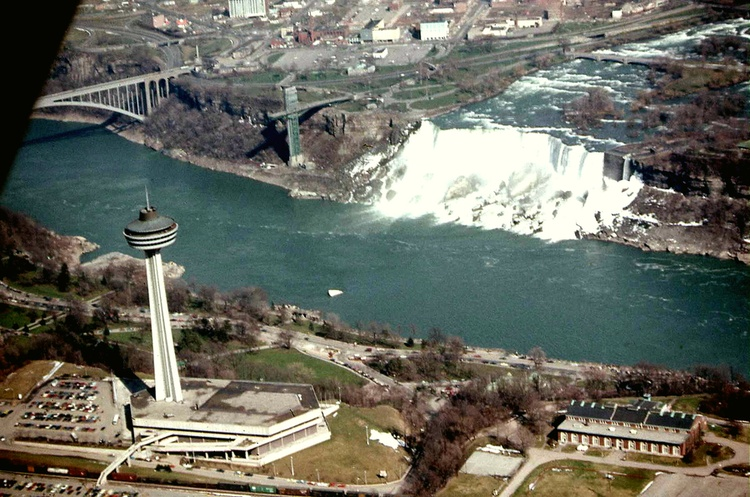 Aerial Shot of the Skylon Tower and the American Falls, with the Ontario Power Co. Transformer Building (image/jpeg)