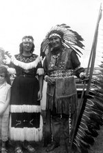 (Thumbnail) Chief David Hill standing beside an unknown woman (image/jpeg)