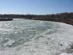 (Thumbnail) Ice in the Upper Niagara River (image/jpeg)