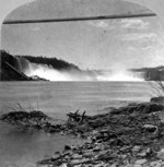 (Thumbnail) American and Horseshoe Falls, with the New Fallsview Upper Suspension Bridge (image/jpeg)
