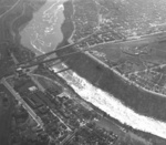 (Thumbnail) Aerial view of the Lower Niagara River and the Whirlpool Bridge (image/jpeg)