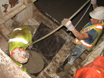 (Thumbnail) Niagara Tunnel Project - Concrete is poured to create a solid tunnel wall. (image/jpeg)