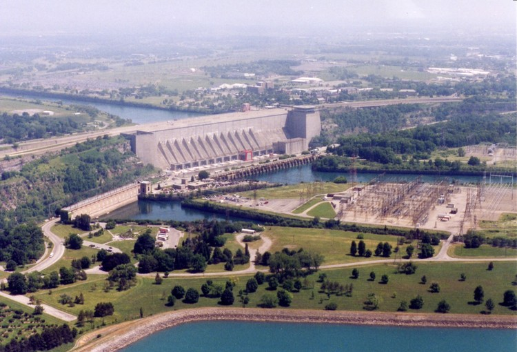 Aerial view of reservoirs & tops of Sir Adam Beck 1 & 2, Robert Moses Power Plant (image/jpeg)