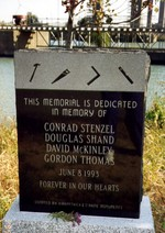 (Thumbnail) Garden City Skyway St Catharines - Memorial honouring four men killed in workplace accident (image/jpeg)