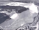 (Thumbnail) Aerial view of  the American and Horseshoe Falls (image/jpeg)