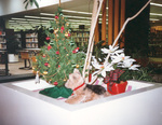 (Thumbnail) Christmas Decorations at the Victoria Avenue Library (image/jpeg)