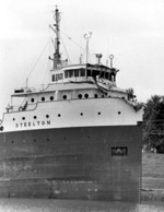 (Thumbnail) Damaged ship Steelton after striking the Port Robinson Bridge (image/jpeg)