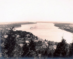 (Thumbnail) The lower Niagara River seen from Queenston Heights (image/jpeg)