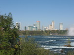 (Thumbnail) Brink of the Falls with Fall Colours and Niagara Falls Skyline (image/jpeg)