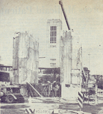 (Thumbnail) Removal of the Clifton Memorial Arch Niagara Falls, Carillon Tower in background (image/jpeg)