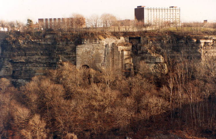 Remains of the Schoellkopf Power Station (image/jpeg)