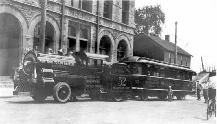 """First """" Trackless Train """", in front of the old Post Office, ca 1925 (image/jpeg)"""