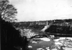 (Thumbnail) Collapsed Upper Steel Arch /Honeymoon Bridge 1938 - the last section to sink (image/jpeg)