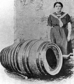 (Thumbnail) Maude Willard with Carlise Graham's Barrel which she used to go through the Whirlpool Rapids (image/jpeg)