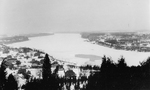 (Thumbnail) Ice conditions on the lower Niagara River as seen from Queenston Heights (image/jpeg)