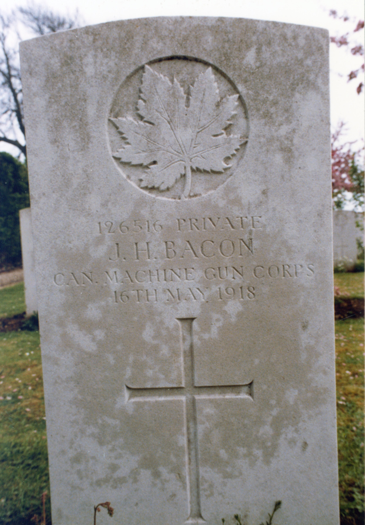 Headstone of Private James Harold Bacon, Wailly Orchard Cemetery, France (image/jpeg)
