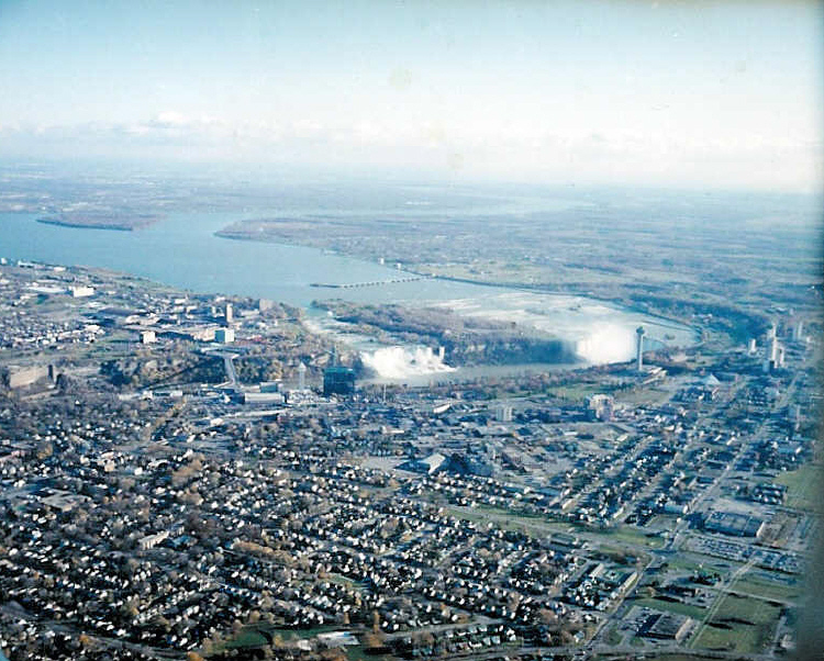 Aerial View of Niagara Falls, Ontario and the Upper Niagara River (image/jpeg)