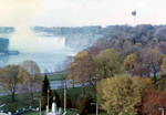 (Thumbnail) The Horseshoe Falls, the Minolta Tower, and the War Memorial Monument in Queen Victoria Park (image/jpeg)