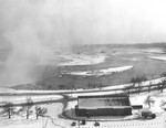 (Thumbnail) Queen Victoria Park - Horseshoe Falls and the Niagara Parkway in background (image/jpeg)