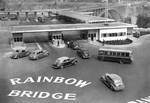 (Thumbnail) Aerial view of cars and buses at the Canada Customs building Rainbow Bridge Niagara Falls (image/jpeg)