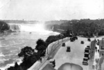 (Thumbnail) Horseshoe Falls and the Canadian Niagara Boulevard in front of the Clifton Hotel, Mowat Gate and Queen Victoria Park (right) (image/jpeg)