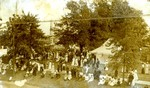 (Thumbnail) 100th Anniversary of the Battle of Lundy's Lane Parade - July 25, 1914 - Battle of Lundy's Lane Monument Drummond Hill Cemetery in background (image/jpeg)