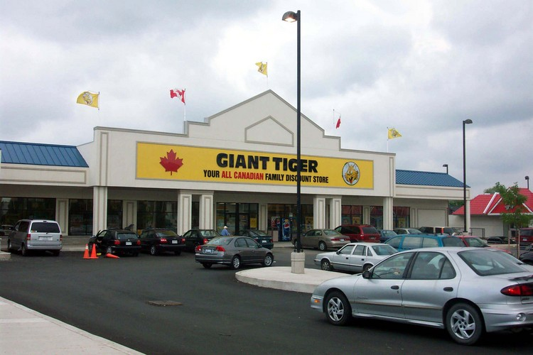thorold stone road thorold stone mall giant tiger family discount store details. Black Bedroom Furniture Sets. Home Design Ideas