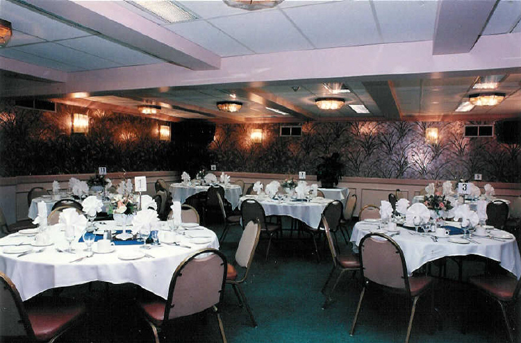 The Oakes Inn - Emerald Room set-up for a Wedding Party (image/jpeg)