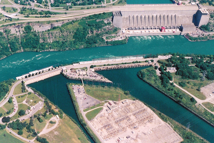 Aerial view of tops of Sir Adam Beck 1 & 2, and Robert Moses Power Plant (image/jpeg)