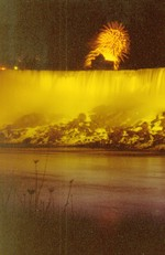 (Thumbnail) Fireworks over the American Falls July 4th 1978 taken from the Canadian side (image/jpeg)