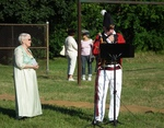 (Thumbnail) Battle of Lundy's Lane 199th Anniversary - Hear the Cannons Roar 8 - Paisley Janvary-Pool beside Master of Ceremonies Don Jackson as General Drummond (image/jpeg)
