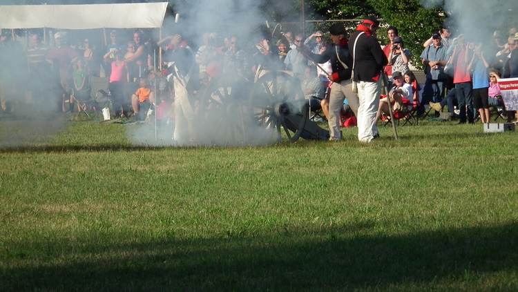 Battle of Lundy's Lane 199th Anniversary - Hear the Cannons Roar 11 (image/jpeg)