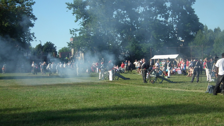 Battle of Lundy's Lane 199th Anniversary - Hear the Cannons Roar 12 (image/jpeg)