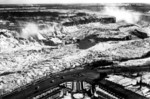 (Thumbnail) Aerial view showing Oakes Garden Theatre, frozen American and Horseshoe Falls in background (image/jpeg)