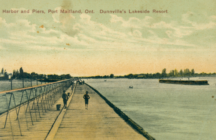 Harbor and piers Port Maitland Ont [Ontario] Dunnville's lakeside resort (image/jpeg)