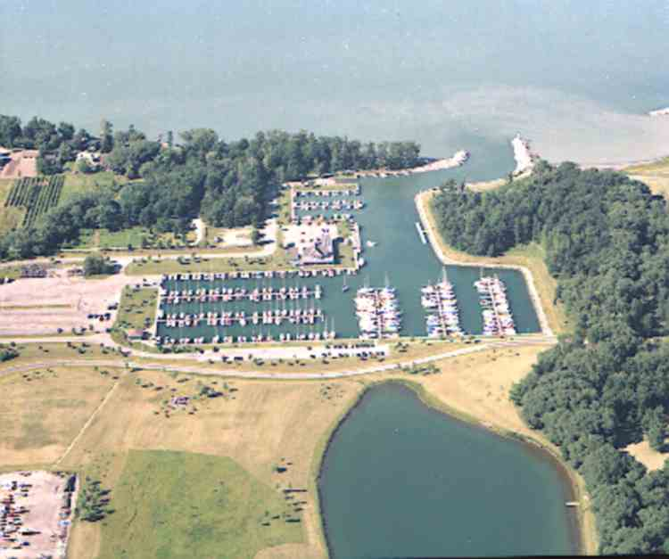 """Aerial view of """" 50 Point Marina """" (image/jpeg)"""