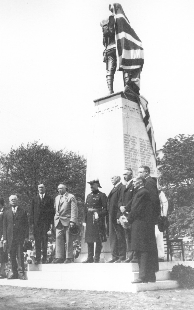 Unveiling and dedication of the Soldier's Monument in Queen Victoria Park (image/jpeg)