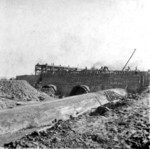 (Thumbnail) Construction of the Penstocks going into the Canadian Niagara Power Company (image/jpeg)