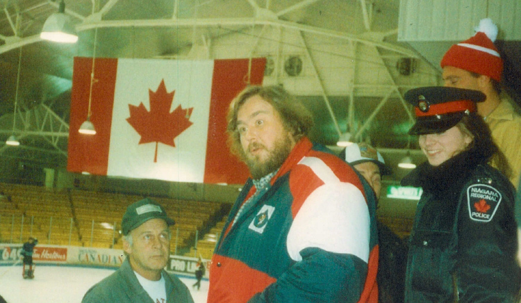 John Candy at the Niagara Falls Arena During the Filming of Canadian Bacon (image/jpeg)