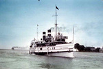 (Thumbnail) Canada Steamship Lines Limited's Corona in the lower Niagara River (image/jpeg)