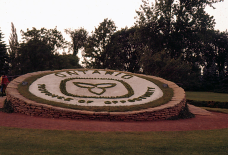 Floral Clock - Ontario, Province of Opportunity (image/jpeg)
