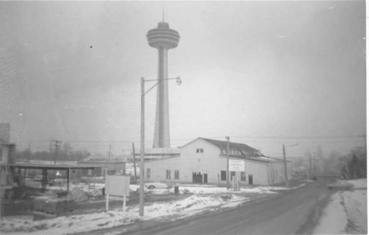 The old Hydro Building on the corner of Murray St. & Buchanan Ave., Niagara Falls, Ont. (image/jpeg)