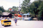(Thumbnail) Amusement ride at Marineland (image/jpeg)