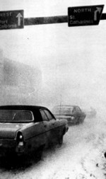 (Thumbnail) Blizzard of 77 - the beginning of the storm (image/jpeg)