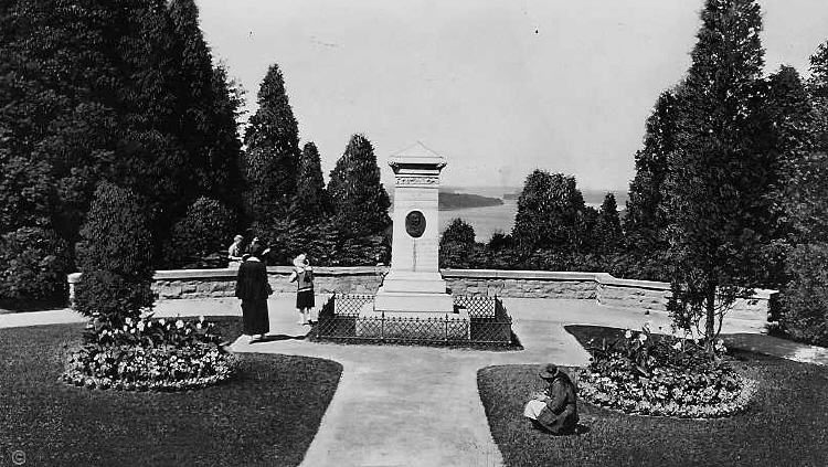 Laura Secord Monument - Queenston Heights (c.1915) (image/jpeg)