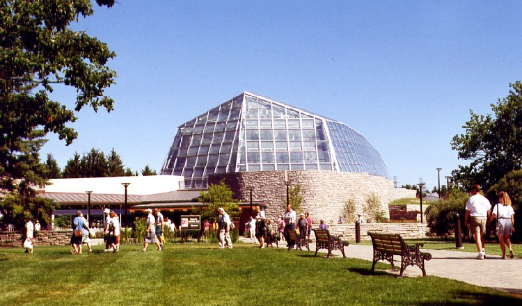 Niagara Parks Commission Butterfly Conservatory - exterior view of entrance area (image/jpeg)