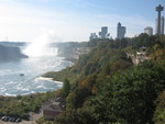 (Thumbnail) Fall Colours at the Horseshoe Falls and Lower Niagara River (image/jpeg)