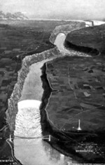 (Thumbnail) Aerial view of the Lower Niagara River from Queenston to Niagara Falls, Ontario showing the Lewiston-Queenston Bridge (image/jpeg)