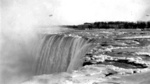 (Thumbnail) Brink of the Horseshoe Falls in Winter, with the Toronto Power Plant in the background (image/jpeg)